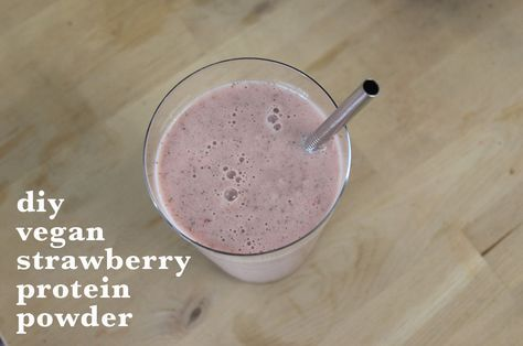 diy vegan strawberry protein powder- pea protein powder, chia seeds, and freeze dried strawberries