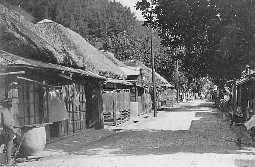An Ogasawara Island village during the early Shōwa period. ◆Bonin Islands - Wikipedia http://en.wikipedia.org/wiki/Bonin_Islands #Ogasawara_Islands #Bonin_Islands