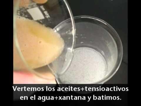 Los pasos de como hacer gel de ducha casero o jabon liquido de manos con tensioactivos naturales de origen vegetal. Como hacer champu casero.