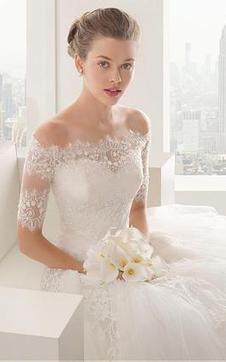 immagine 1 - Abiti da Sposa Elegante con Mezze Maniche Principessa Bassa Cuore