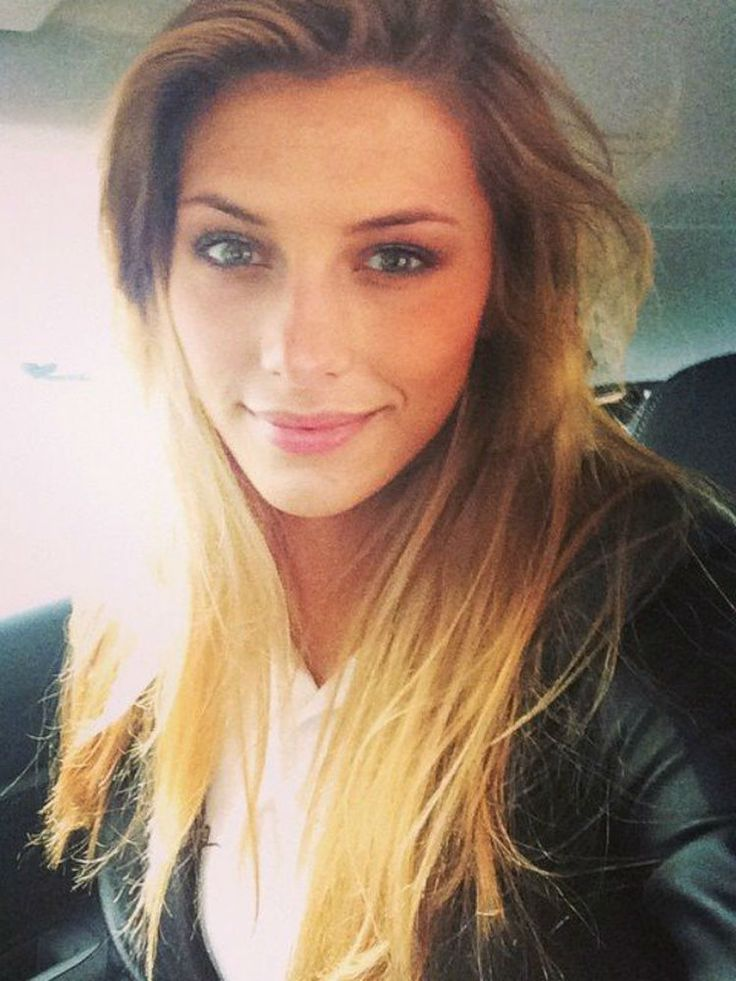Camille Cerf, Miss France 2015 #gorgeous #selfie