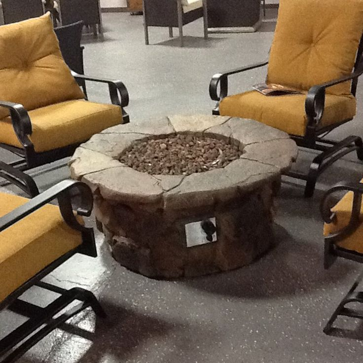 Red Ember 45 In Clarksville Propane Fire Pit Table With