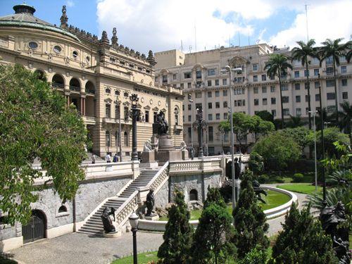 Teatro Municipal em São Paulo. by Paulo Arias, via Flickr: Municip Ems, London, Municipal Ems, My Brazil, Beloved Brazil, Ems Are, Municipal Theater, Beautiful Scarves, Brazil My