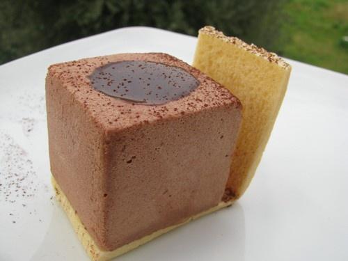 Crema al cioccolato e arancia in guscio di frolla  ( da una ricetta di Diego Crosara)