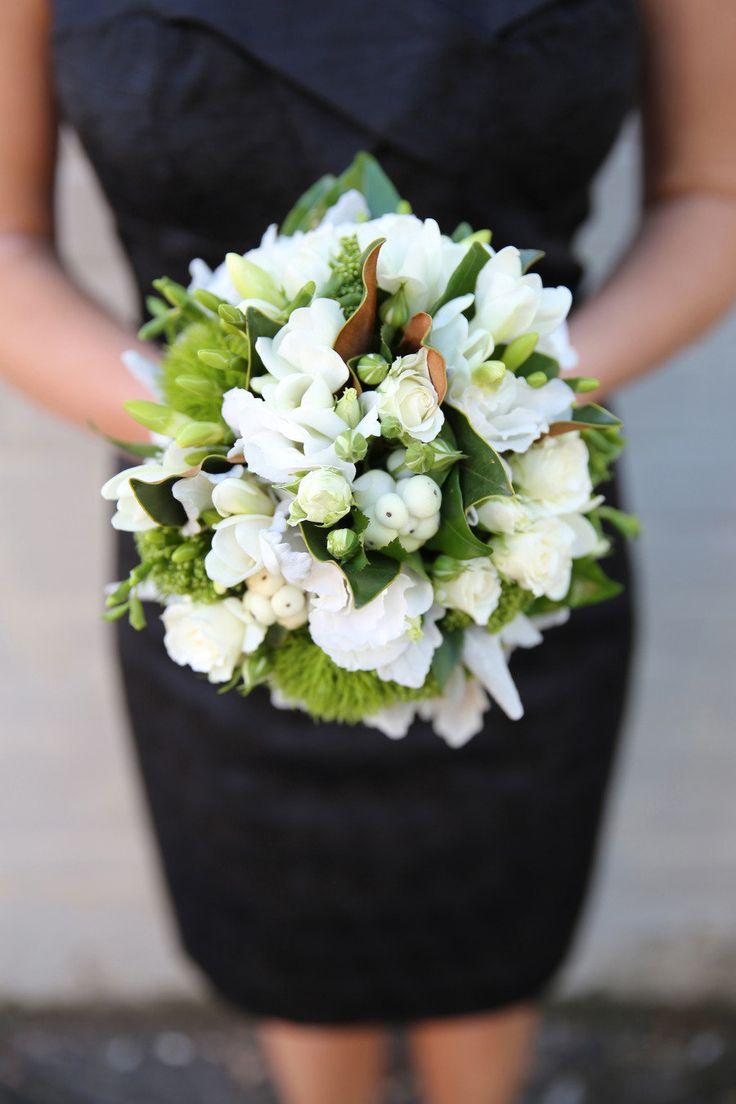 107 best wedding flowers images on pinterest wedding bouquets melbourne wedding from kate ehrenberg photography white bouquetsflower izmirmasajfo