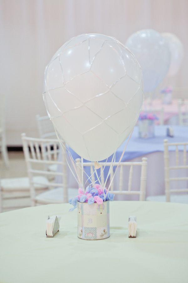 Centro de Mesa de balão, ficou lindo!