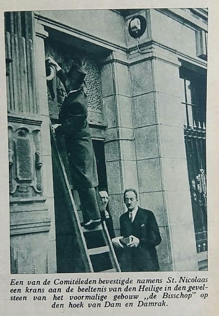 Sinterklaas intocht Amsterdam 1943