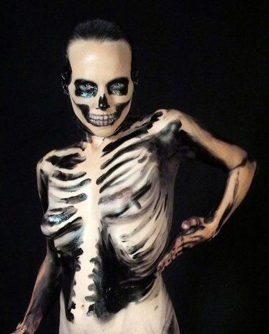 Skeleton Body Paint.