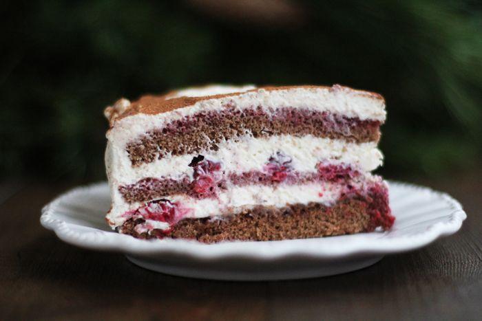 LINADELIKA: cherry chocolate pound cake with mascarpone cream