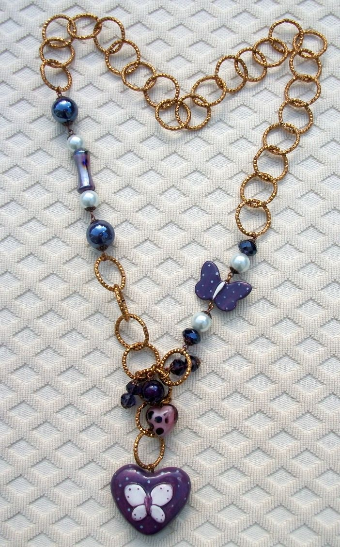 Violet butterfly necklace.....    38 Euro shipping included for Europe
