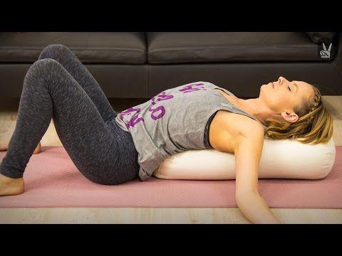 Yoga: Anfängerworkout für einen starken Rücken mit Karo