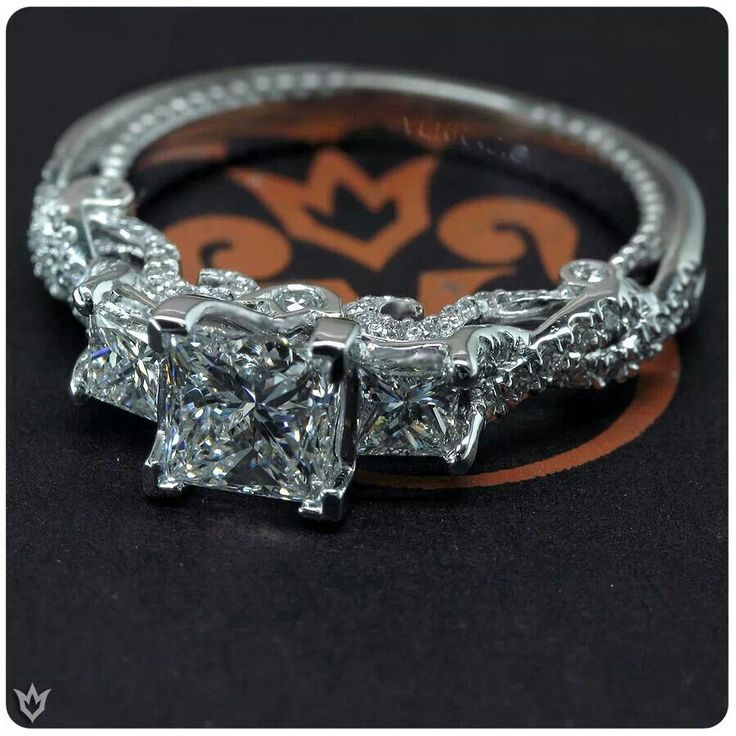 Wedding Ring in love this is what i wan want want..