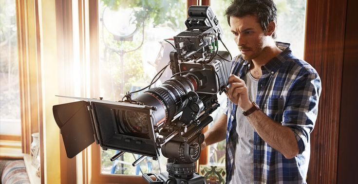 Blackmagic Production Camera 4K    High resolution 4K digital film camera with large Super 35 sensor and global shutter for 4K and Ultra HD production!
