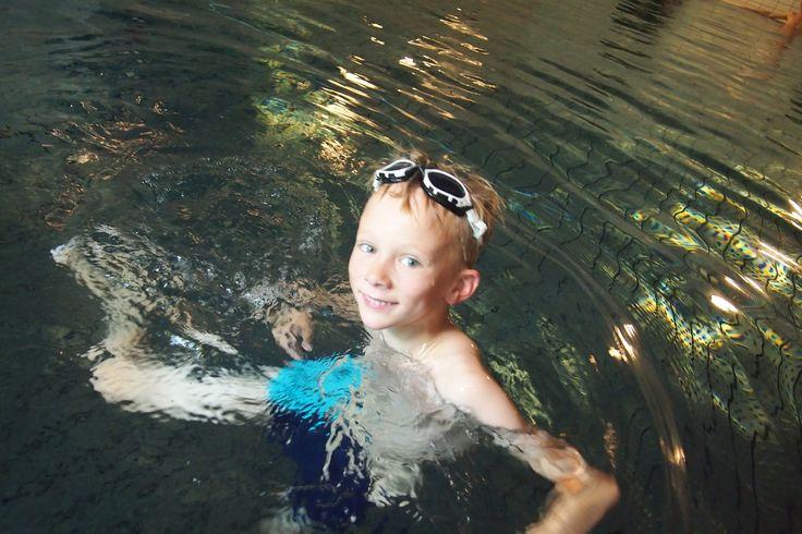 Øvelsene som gjør barnet svømmedyktig  - Familieliv, annonsørinnhold fra VG Partnerstudio