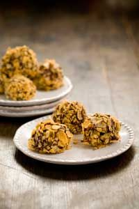 Paula Deen Chocolate Peanut Butter Balls~must be good ~Paula dean knows how to do bad soo gooood