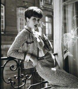 The tweed jacket chanel