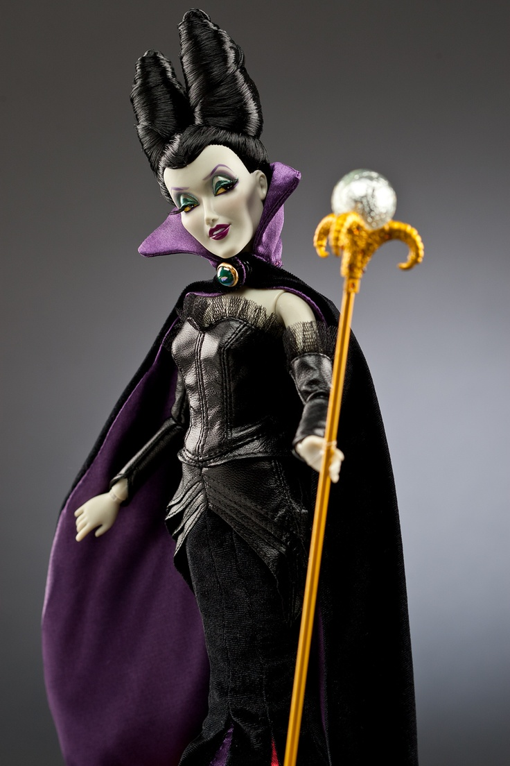 MALEFIQUE (La Belle au Bois Dormant) - La collection exclusive Disney Store des méchantes de Disney en édition limitée disponible du 10 septembre au 15 octobre sur Disneystore.fr - © Disney  #MALEFIQUE