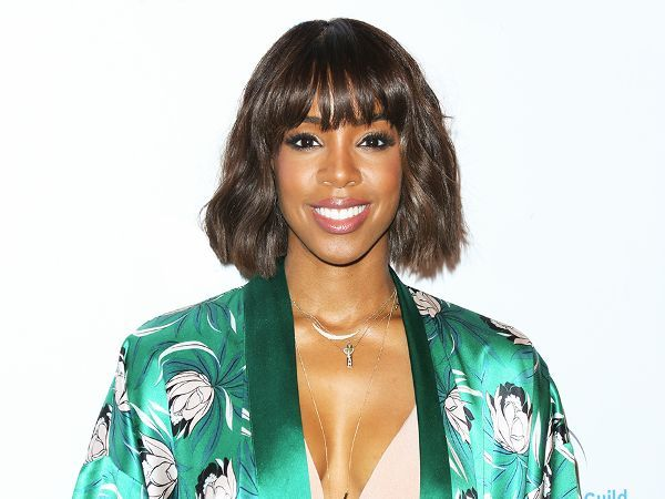 "Kelly Rowland Says This Skincare Product Gave Her ""a New Face"" via @ByrdieBeauty"