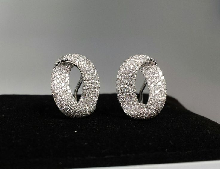 #diamondearrings 18k white gold and 2.08cts. diamonds - WoW!