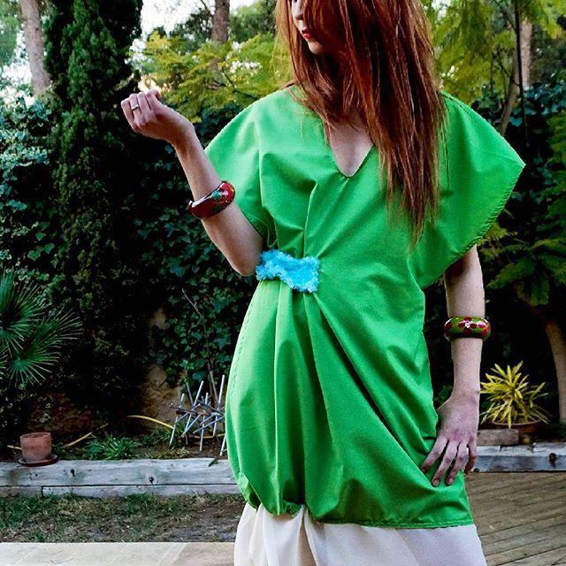 Valencia photoshoot.  #borshadesigns #borsha #colorful #color #colour #fabric #dress #frill #green #unique #photo #new #valencia #fashion #style #makeup #hair #modelling  www.borsha.net coming soon.