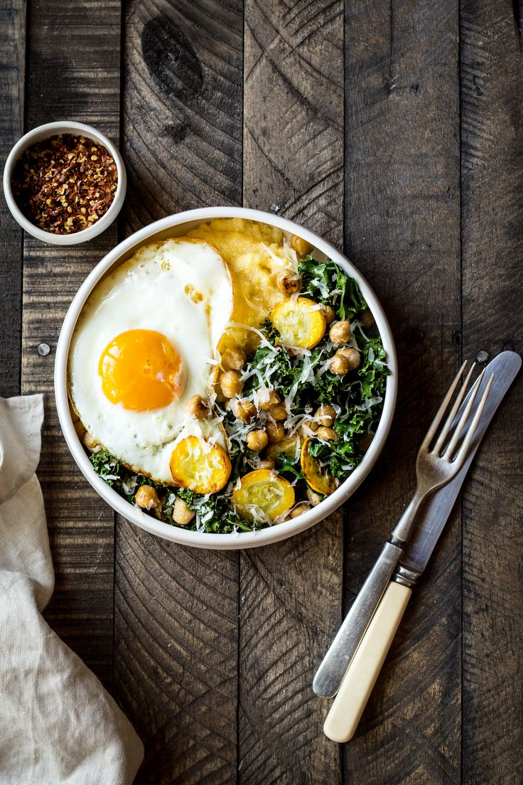 Polenta Bowl with Garlicky Summer Squash & Kale - Dishing Up the Dirt