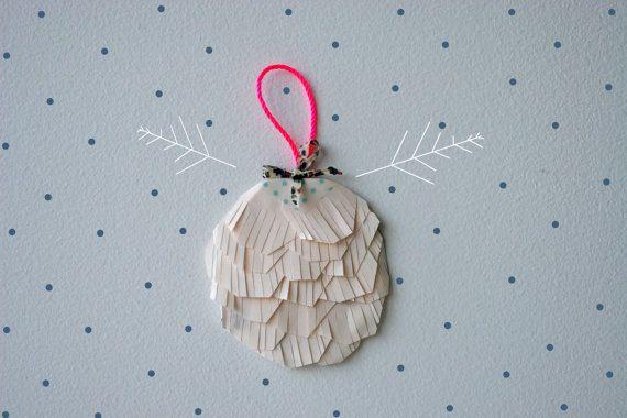 julekugle: Christmas Crafts, Xmas, Paper Christmas, Christmas Christmas Decor, Paper Ornaments, Christmas Baubles, Christmas Ornaments, Christmas Trees Ornaments, Christmas Ideas