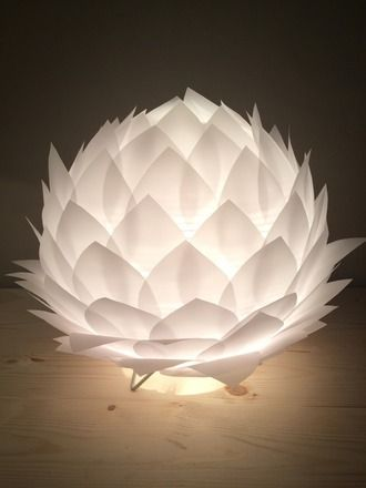 Lampe de table veilleuse fleur de lotus en papier calque for Lustre en papier