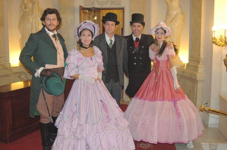 Caracterización y vestuario para fiesta temática de época