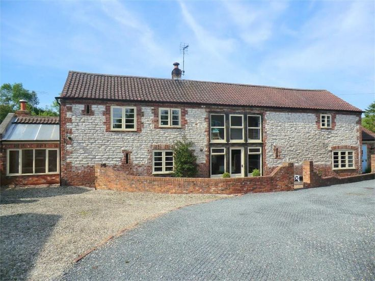4 bedroom detached house for sale in Front Street, Langtoft, Driffield, East Riding of Yorkshire - Rightmove | Photos