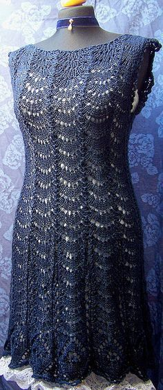 "Hermoso.                                                       … [   ""Inspiration: nicely shaped Knitted Lace dress in midnight blue How about crochet?"",   ""Ravelry: midnight blue lace dress pattern by Baerbel Hurst - for when I"