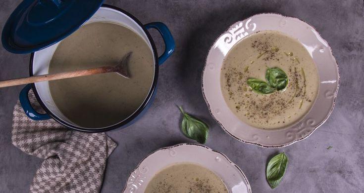 Λεμονάτη σούπα με ψητές μελιτζάνες