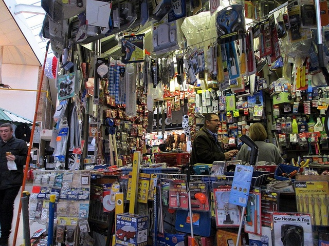 20-12-12 WIDNES. Widnes Market, hardware stall by Lachlan Main, via Flickr