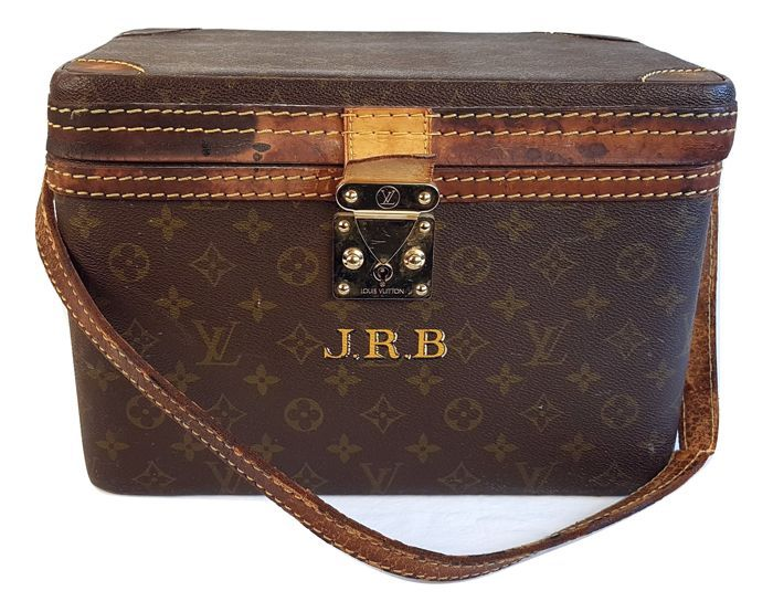 85503dca53f1 Nu in de  Catawiki veilingen  Louis Vuitton - Vintage Vanity Beautycase -  canvas -