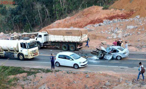 Três mortos e sete feridos nas estradas capixabas na véspera de feriado