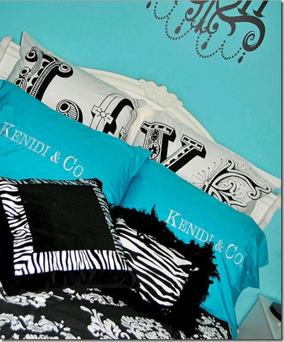tiffany room, love it!!Turquoise Bedrooms, Girls Bedrooms, Girls Room, Room Ideas, Colors Schemes, Zebras Prints, Roomideas, Pillows, Bedrooms Ideas