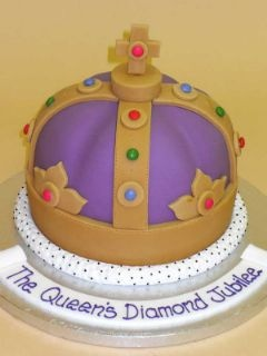 Cake Decorating New Westminster Bc : 17 Best images about Fit for a Queen on Pinterest Cecil ...