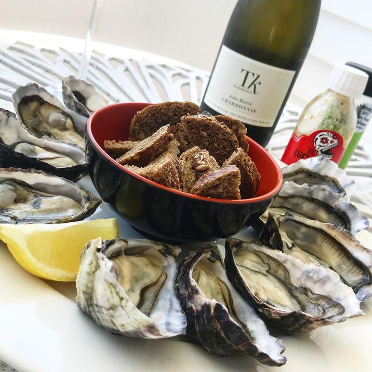 Oysters & Chardonnay! 💙👌🏽