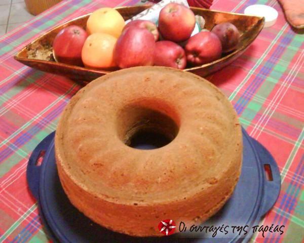 Αφράτο κέικ μήλου και κανέλας #sintagespareas