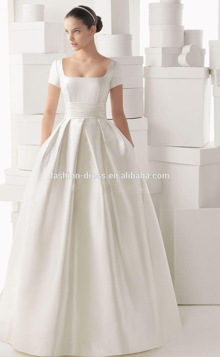 231 best Gowns Classic images on Pinterest   Wedding dressses ...