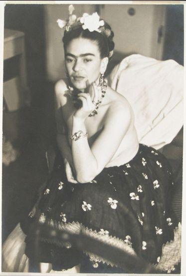 """Frida Kahlo """"Pies para qué los quiero si tengo alas pa' volar"""""""