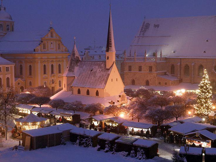 Christmas market in Altötting - Bavaria Germany & 37 best christmas markets images on Pinterest | Christmas markets ...