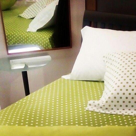Particolare di realizzazione  arredo biancheria per la camera di Irene Bi di Irene Brigolin - www.irenebi.it - info@irenebi.it