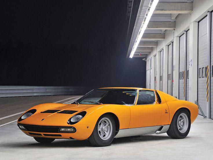 1972 Lamborghini Miura P400 SV by Bertone | Sucede