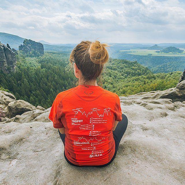Przerwa po trekkingu w Saksonii! Czilowanie na szczytach skał  Na bloga tu: www.yazhubal.pl Na FB tu: http://ift.tt/2bV1fNR #saksonia #germany #visitgermany #deutschland #niemcy #gory #nonstopexplore #chillout #backpackers