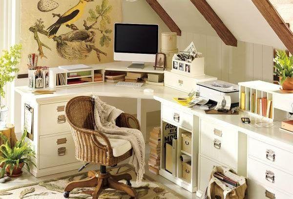 Домашний офис на мансарде