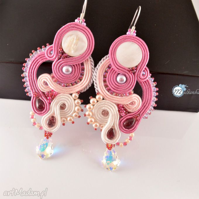 Biało różowe śłubne kolczyki sutasz śłub soutache swarovski przepiękne połączenie bieli różu  Soutache earrings with rose  #wedding #bride #sutasz #soutache #jewelry #earrings #ohrringen
