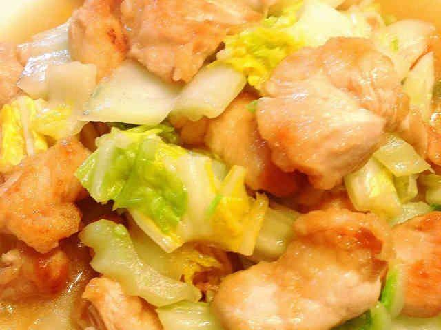 簡単!トロッと柔らか鶏胸肉と白菜の中華煮の画像