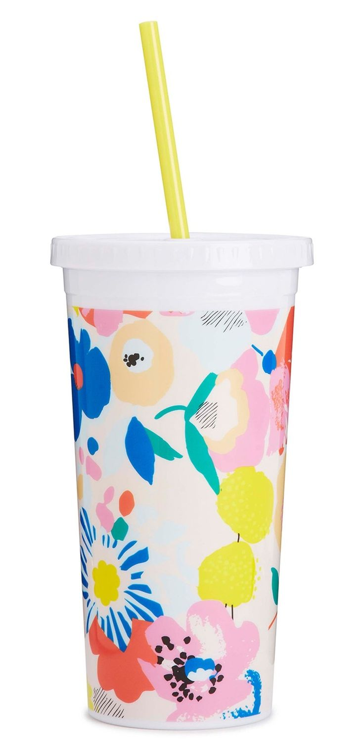 Obsessing over this colorful tumbler decorated in cute floral blooms.
