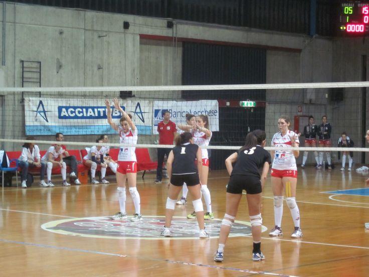 Volley serie B2f: Picco trascinata dai muri di L. Perego, Ferrario e da Trobbioni - Basket e Volley in rete