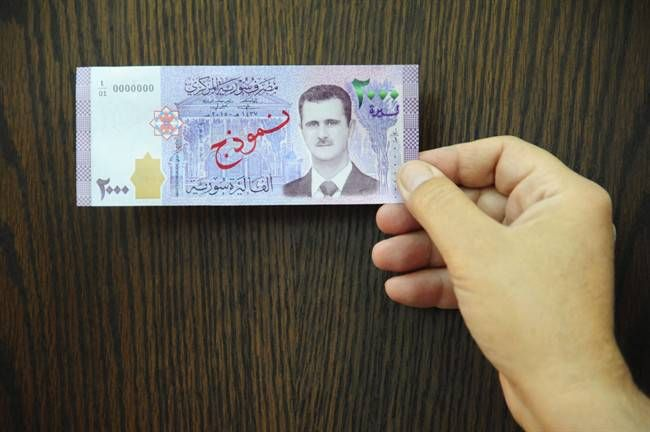 Bashar al-Assad will appear on Syria's newest 2,000-pound banknote https://tmbw.news/bashar-al-assad-will-appear-on-syrias-newest-2000-pound-banknote  The face of Syrian President Bashar al-Assad will grace Syria's newest banknote.READ MORE: Russia dismisses U.S. warning that Assad is preparing another chemical attack in SyriaThe 2,000-pound note is equal to approximately US$4 and will go into circulation on Sunday, the Syrian central bank announced. Central bank governor Duraid Durgham said…